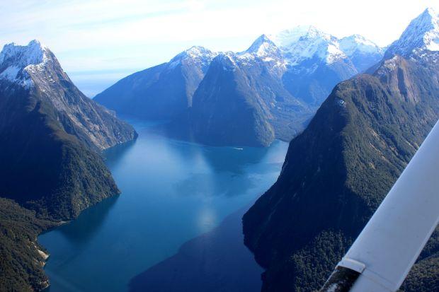 milford sound nz travel fiordland