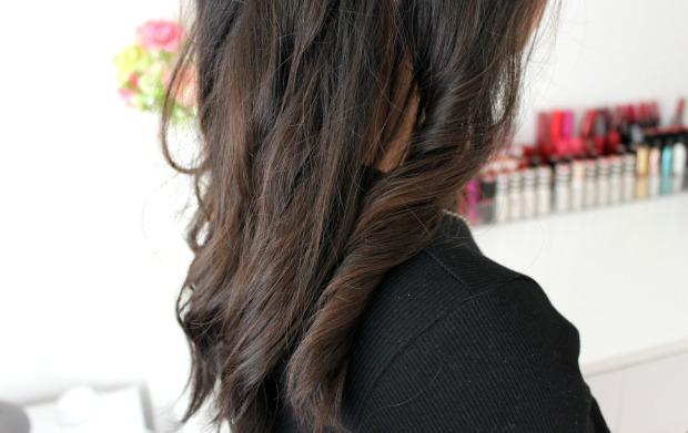lightening spray wavy hair