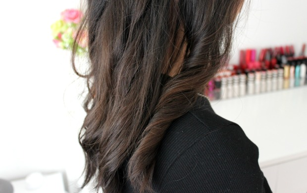lightening spray wavy hair