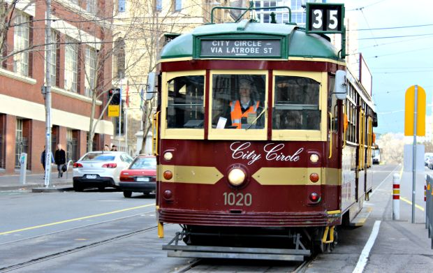 melbourne tram travel transport city