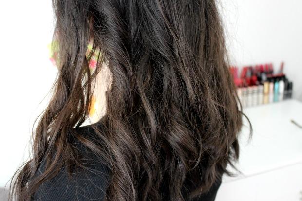 schwarzkopf lightening spray wavy hair