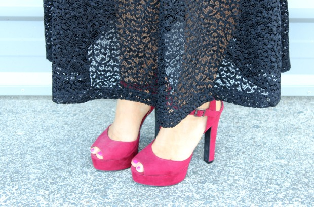x-plain dress lace ootd outfit red heels