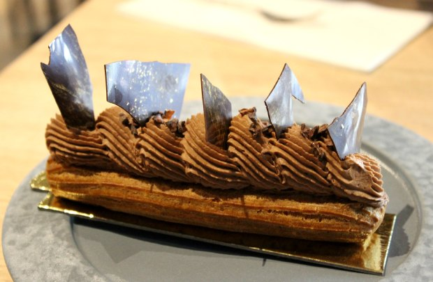 miann dessert restaurant auckland eclair chocolate.jpg