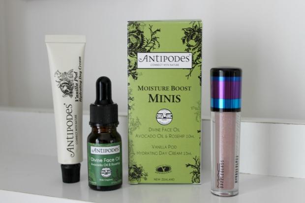 nanawintour giveaway antipodes mac cosmetics.jpg