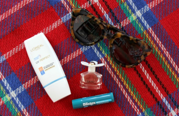 summer essentials karen walker sunglasses makeup