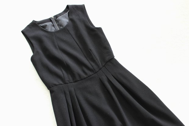 black dress thrifting opshopping salvation army haul