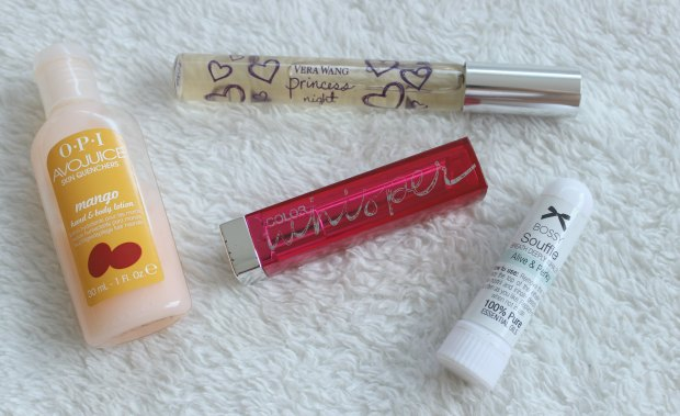 what's in my work bag beauty makeup hand cream perfume