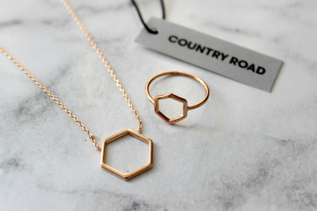 country road jewellery ring necklace