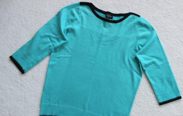thrift haul knit top