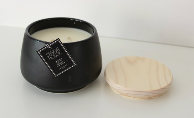 design house creme brulee candle