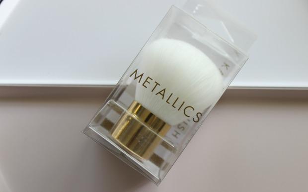 kmart metallics kabuki brush.jpg