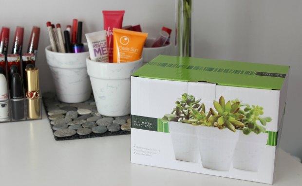 kmart mini marble effect pots.jpg