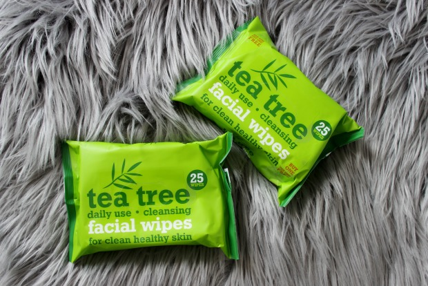 tea tree facial wipes.jpg