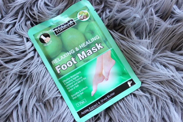 beauty formulas foot mask.jpg