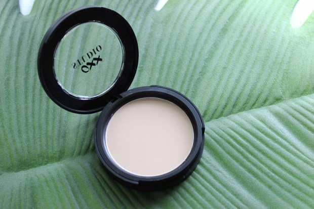 oxx studio pressed powder.jpg