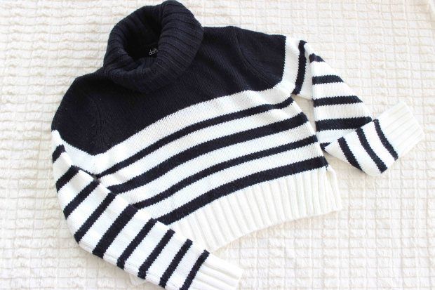 Dotti crop sweater.jpg