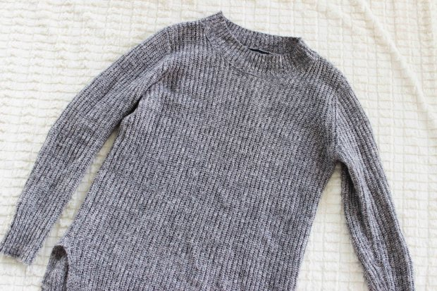 grey knitted sweater.jpg