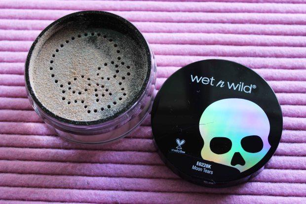 Wet N Wild megaglo loose highlighting powder moon tears.jpg