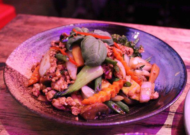 @Bangkok restaurant Basil pad kra pow.jpg